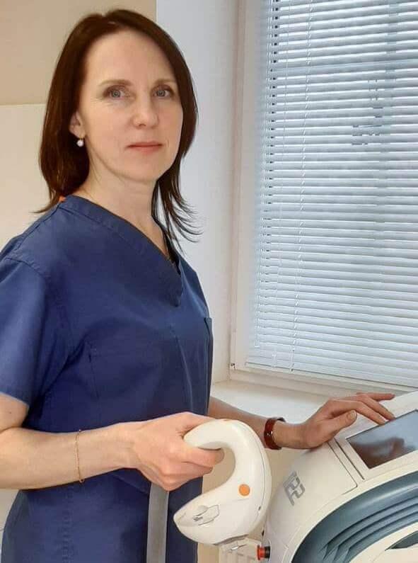 - медицинская сестра первой квалификационной категории